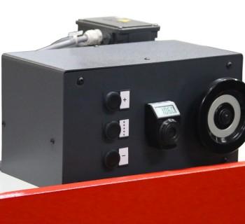 Motorized back gauge EB